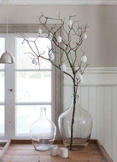 classic decor A minimalistic Easter decoration can be . - homedecor - classic decor A minimalistic Easter decoration can be made from branches with … - Easter Table Decorations, Holiday Decorations, Decoration Crafts, Garden Decorations, Easter Tree, Deco Floral, Easter Holidays, Deco Table, Scandinavian Style