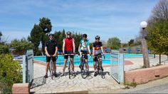 Ciclisti al Pausania Inn