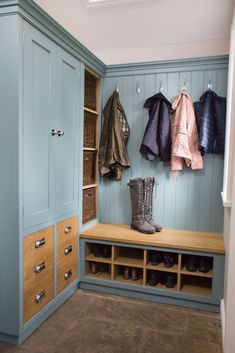 Culshaw bootroom corner configuration comprising of from L-R Double Partner Cab . - Culshaw bootroom corner configuration comprising of from L-R Double Partner Cab 01 Sit on - Porch Storage, Porch Interior, Living Room Designs, Mud Room Storage, Storage Furniture, Mudroom Laundry Room, Hallway Designs, Utility Rooms, Room Design