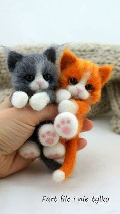 Creating Masterpices with Needle Felting!
