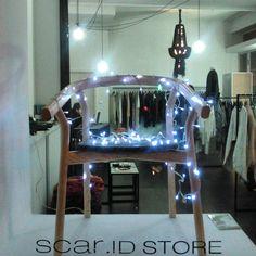 window display . scar-id.com . storefront