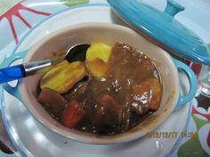 【ル・クルーゼ公式Twitterから】ラムカンは、電子レンジでも使用可です。蓋をしてチンすれば、シリコンスチーマーとほぼ同じ(私はラムカンの方が優れている気がするんですが)です。ジャガイモを2分チンして、ルク鍋で煮込んだカレーを掛けました。 pic.twitter.com/eTgANNUD