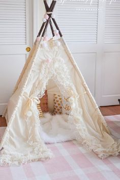 Shabby Chic Teepee Photo Prop in Linen