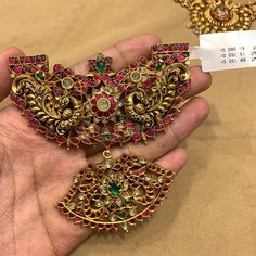 For information plz contact 9908390000 Jewelry Design Earrings, Gold Earrings Designs, Gold Jewellery Design, Gold Temple Jewellery, Gold Jewelry, Antique Jewellery Designs, Trendy Jewelry, Bridal Jewelry, Antique Gold