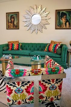 Simple and Stylish Ideas Can Change Your Life: Home Decor Inspiration Farmhouse Style indian home decor british colonial.Home Decor Contemporary House Plans easy home decor living room.Modern Home Decor Scandinavian. Funky Home Decor, Home Decor Shops, Colorful Decor, Home Interior, Interior Design, Interior Livingroom, Interior Decorating, Decorating Ideas, Living Room Decor Inspiration