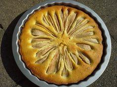 Snelle perentaart | Vegetarisch eten is een feest! Fun Arts And Crafts, Sweet Pie, Pie Cake, Piece Of Cakes, Apple Pie, Cake Recipes, Bakery, Food And Drink, Cupcakes