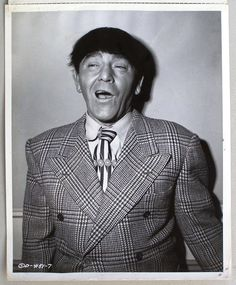 A vintage press shot of comic legend Moe Howard, circa of Terry Soto The Three Stooges, The Stooges, Moe Howard, Comedy Acts, Lineup, Retro, Comedians, Third, Film