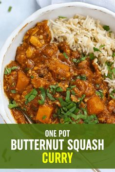Roasted butternut squash, cooked with spinach and chickpeas and the gentle warmth of spices make this a family friendly one pot meal. Butternut Squash Curry, Roasted Butternut, Vegetarian Curry, Vegetarian Recipes, Family Recipes, Family Meals, One Pot Meals, Easy Meals, Batch Cooking