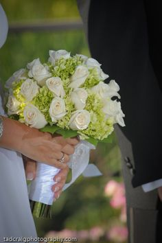 Wedding at The Four Seasons Maui #beautifulwhiterosebouquet, #fourseasonsweddingbouquet, #bestweddingbouquet