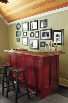 Build a handsome DIY home bar with free cut plans and step-by-step tutorial from This Old House. This bar is made from stock lumber and decorative molding. This Old House, Diy Home Bar, Diy Bar, Building A Home Bar, Home Bar Plans, Small Bars For Home, Basement Bar Designs, Basement Bars, Basement Ideas