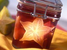 Weingelee mit Sternfrucht ist ein Rezept mit frischen Zutaten aus der Kategorie Gelee. Probieren Sie dieses und weitere Rezepte von EAT SMARTER!