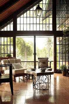 A Filipino-Style Cottage in San Pablo, Laguna House Design, Home Interior Design, Home Renovation, House Interior, Home, Home Decor Styles, Filipino Interior Design, Modern Filipino Interior, Modern Filipino House
