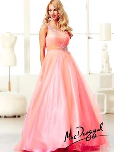 Bells an Bows bridal centre. Beautiful prom gown.