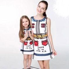 Bright-Colored Graphics Print Sleeveless Dress