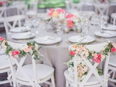 La Tavola Fine Linen Rental: Tuscany Natural | Photography: Lori Paladino Photography, Event Planning: JNS Events, Floral Design: Sharla Flock Designs, Catering: Paula LeDuc Fine Catering, Venue: Beaulieu Garden