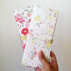 DIY Letter w/ Pockets (TUTORIAL)