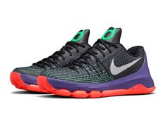e151caf2114c NIKE KD 8 (GS) BASKETBALL SHOES Black White Grn 768867 003 MSRP  130.00 SZ  6.5Y
