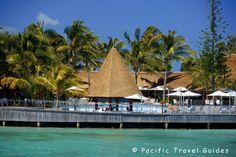 Escapade Island Resort Picture New Caledonia - Restaurant & Pool Setting