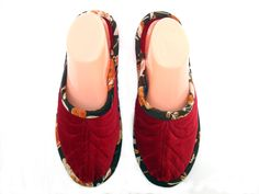 ec89b7bdb35 124 Best slippers images