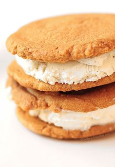 easy peanut butter cookies recipe and ice cream sandwiches shewearsmanyhats.com