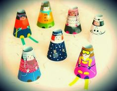 Cone Girls Paper Toys - Winter Collection - by Mr. Printables  ==   Nice easy-to-build little paper dolls for little girls, by Mr. Printable website.