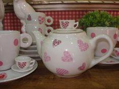 Bule Corações 500ml | Liliane Garmes * Casa * Decoração e * Bebe * - Porcelanas Pintadas à Mão! | AFEB8 - Elo7