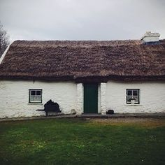 Cottage at Muckross traditional farm, Ireland.
