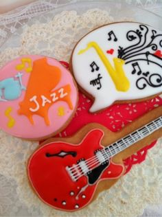 Guitar ~ Sakura bloom ~ classroom sweets Minamimachida Picture | icing cookies for today ☆