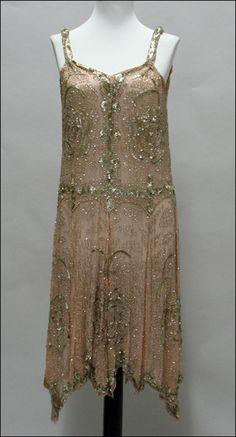 BEADED SILK DRESS. Circa 1920