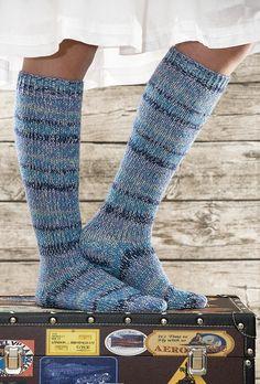 Glitter socks by Pia Heilä for Lankava Oy. http://www.lankava.fi/WebRoot/esito/Shops/esito/MediaGallery/OHJEET/2014/Glitterisukat.pdf