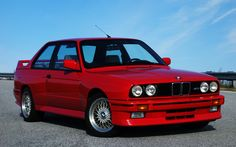 The Iconic BMW M3 E30 - BMW M3 E30 General Information: The videos bellow offer insight into the legendary BMW M3 E30 sports car. Yo... http://www.ruelspot.com/bmw/the-iconic-bmw-m3-e30-sports-cars/  #BMWE30 #BMWM3E30