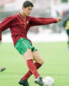 Young First Game with Selecao Real Madrid Cristiano Ronaldo, Cristiano Ronaldo Portugal, Cristiano Ronaldo Celebration, Cristiano Ronaldo Shirtless, Cristiano Jr, Ronaldo Football, Ronaldo Juventus, Premier League, Cristiano Ronaldo Hd Wallpapers