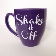 Shake it Off coffee mug by BusyBBoutique on Etsy… Coffee Talk, Coffee Is Life, Coffee Shop, Coffee Break, Cute Coffee Cups, I Love Coffee, Tea Mugs, Coffee Mugs, Chocolate Cafe