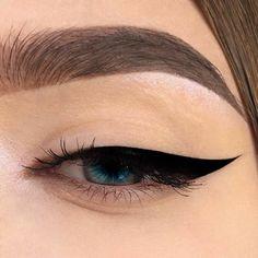 48 Ideas For Eye Makeup Art Eyeliner Lipsticks Eye Makeup Art, Simple Eye Makeup, Cute Makeup, Skin Makeup, Eyeshadow Makeup, Natural Makeup, Beauty Makeup, Silver Eyeshadow, Eyeshadow Palette