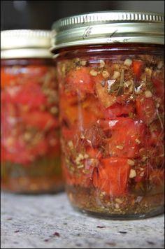Canning Bruschetta. Take-away bruschetta topping :) Canning Tips, Home Canning, Canning Recipes, Bruschetta, Canning Food Preservation, Preserving Food, Canning Tomatoes, Garden Tomatoes, Canning Vegetables