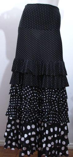 Flamenco skirt - RIATITÁ www.riatita.com.br