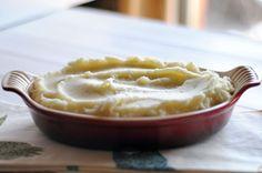Creamy Greek Yogurt Mashed Potatoes    HeathersDish.com #healthysides #potatoes #sidedishrecipe