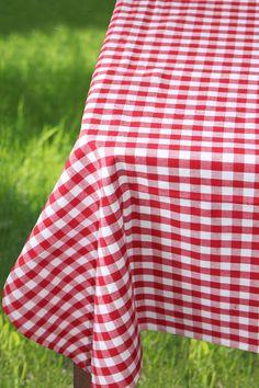 Duk rutig i 100% ekologisk bomull röd/vit 150x250cm