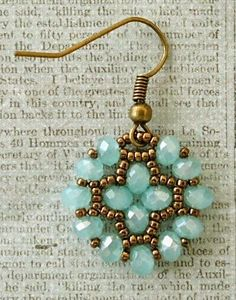 Nunzia's Easy Earrings - discussion & samples from Crafty inspiration by Linda. video is here: www.youtube.com/watch?v=gED1k5vHVls ~ Seed Bead Tutorials