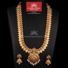 Anti que Kundan Lakshmi Kasumala Gold Jewellery Design, Gold Jewelry, Gold Necklaces, Bridal Jewelry, Diamond Necklaces, Jewellery Box, Silver Earrings, Jewellery Sketches, Antique Earrings