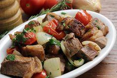 Porção de cubos de contrafilé Chef Taico, Carne, Beef, Food, Internet, Youtube, Milk Cake, New Recipes, Pump
