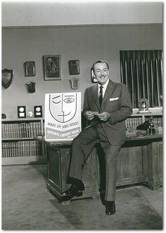 Happy Birthday Walt Disney! Here's a great shot of his promo for National Library Week in 1959! http://www.imaginerding.com/2011/04/walt-disney-celebrates-national-library.html