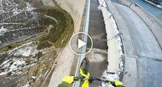 Ciclista Arrisca a Vida Equilibrando-se Na Berma De Barragem Com 200m Altura