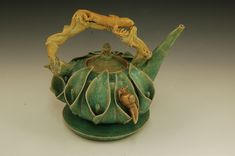 1 by Cuzick pottery Pottery Teapots, Teapots And Cups, Ceramic Teapots, Ceramic Pottery, Pottery Art, Kintsugi, Stoneware Clay, Porcelain Ceramics, Cafetiere