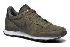 Nike Internationalist