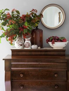 Vintage Decor Ideas The owner of this New Jersey home displays fall foliage in transferware atop a mahogany dresser in her dining room. - Bid summer adieu with these fall decorating ideas. Autumn Decorating, Decorating Your Home, Decorating Ideas, Decor Ideas, Natural Decorating, Cottage Decorating, Interior Decorating, Craft Ideas, Nelson Homes