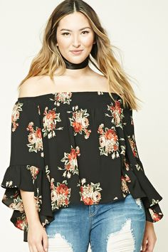 d80683b67f0 Forever 21+ - A woven top featuring an allover floral print
