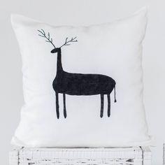 Interior cushion   Купить Подушка в скандинавском стиле / Подарок на праздник / Олень в интернет магазине на Ярмарке Мастеров