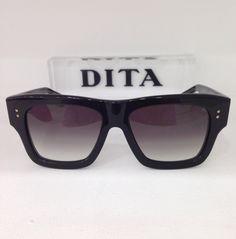 DITA Creator Black @_sunglassisland @Dita Eyewear #sunglassisland #sunglasses #eyewear #ditaeyewear #handmade #islascanarias #lapalma #japan #luxury #celebs #highend #gafas #gafasdesol #fashion #moda #unicas #estilo #personalidad #elegancia #vanguardia #alternativa #diseño #innovación #artesanal #atractivas #atrevidas #tendencia #titanium #trend www.sunglassisland.es