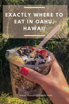 the most instagram-worthy places in Honolulu, Hawaii. Street art, where to eat, what to do and what to wear in #Honolulu #Oahu #Hawaii